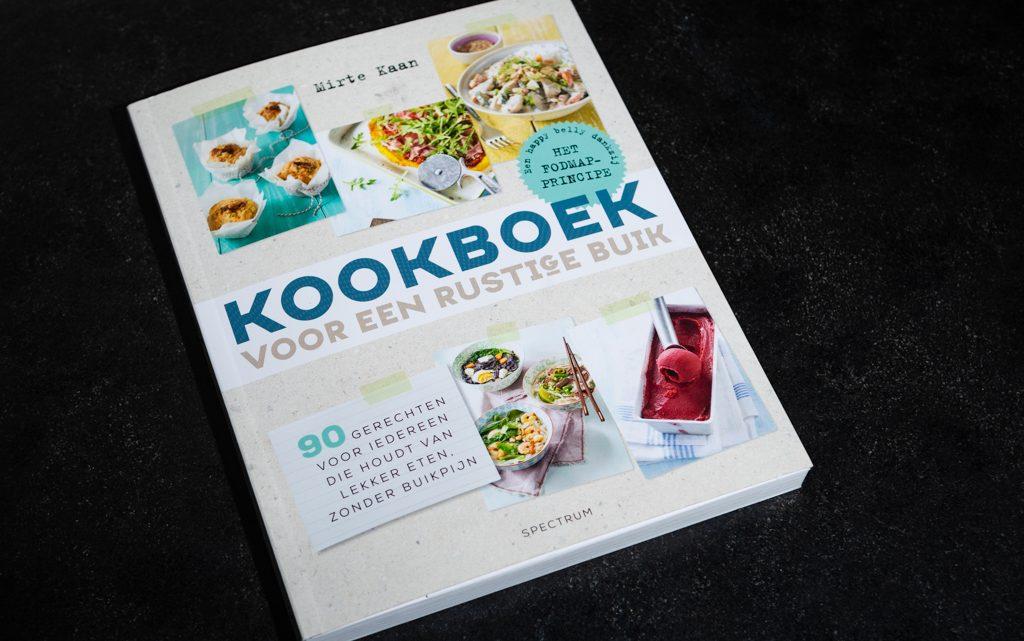Review 'Kookboek voor een rustige buik' – Mirthe Kaan
